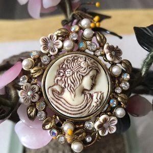 Vintage engraved cameo AB rhinestone brooch